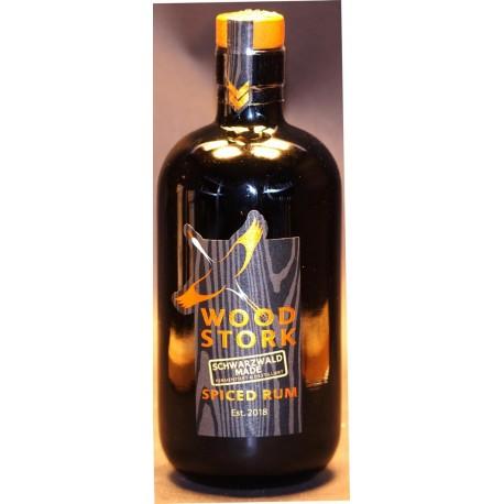 Wood Strok Spiced Rum in der 0,50 Ltr. Flasche aus dem Schwarzwald